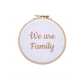 cadre tambour mural we are family blanc et dore