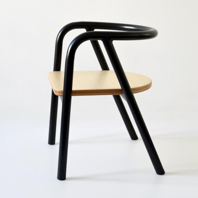 Chaise enfant métal et bois - noir