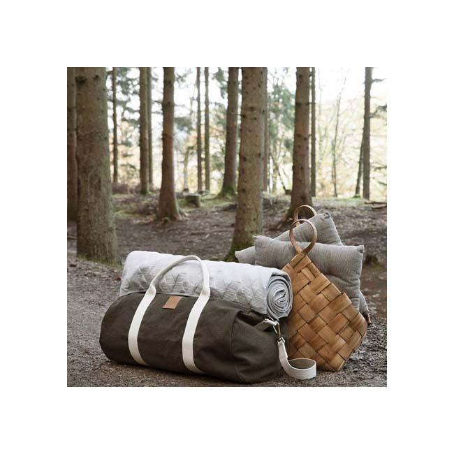 Panier naturel tressé en bois de pin - House Doctor