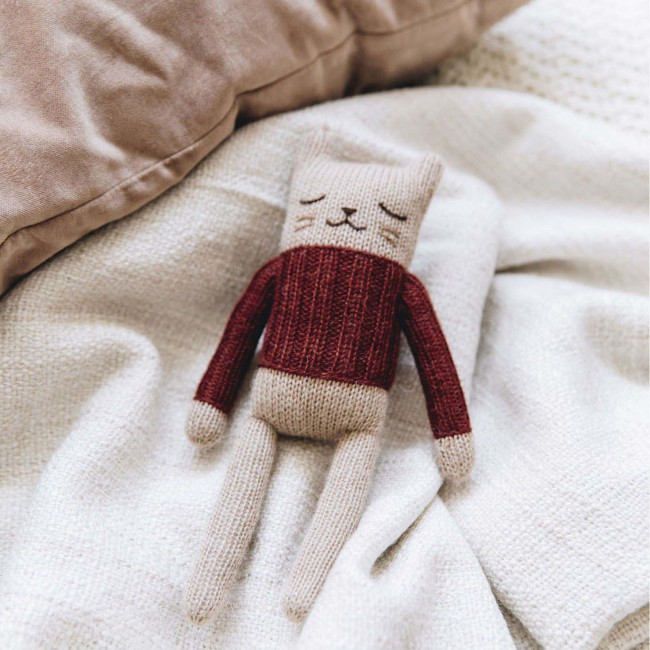 Doudou chaton pull sienne Main sauvage