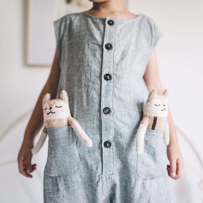 Doudou Faon pyjama sable - Main sauvage